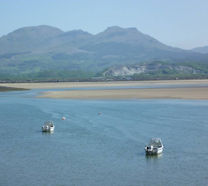 Mountains and sea - Snowdonia